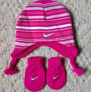 Nike hat and mittens